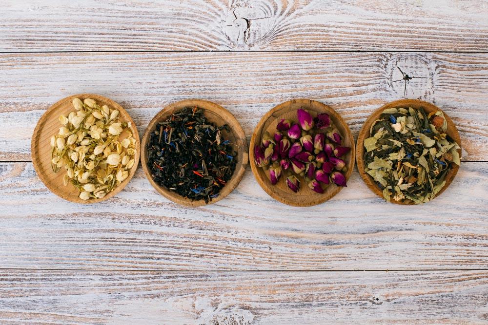 Remplacer le sel par des herbes aromatiques
